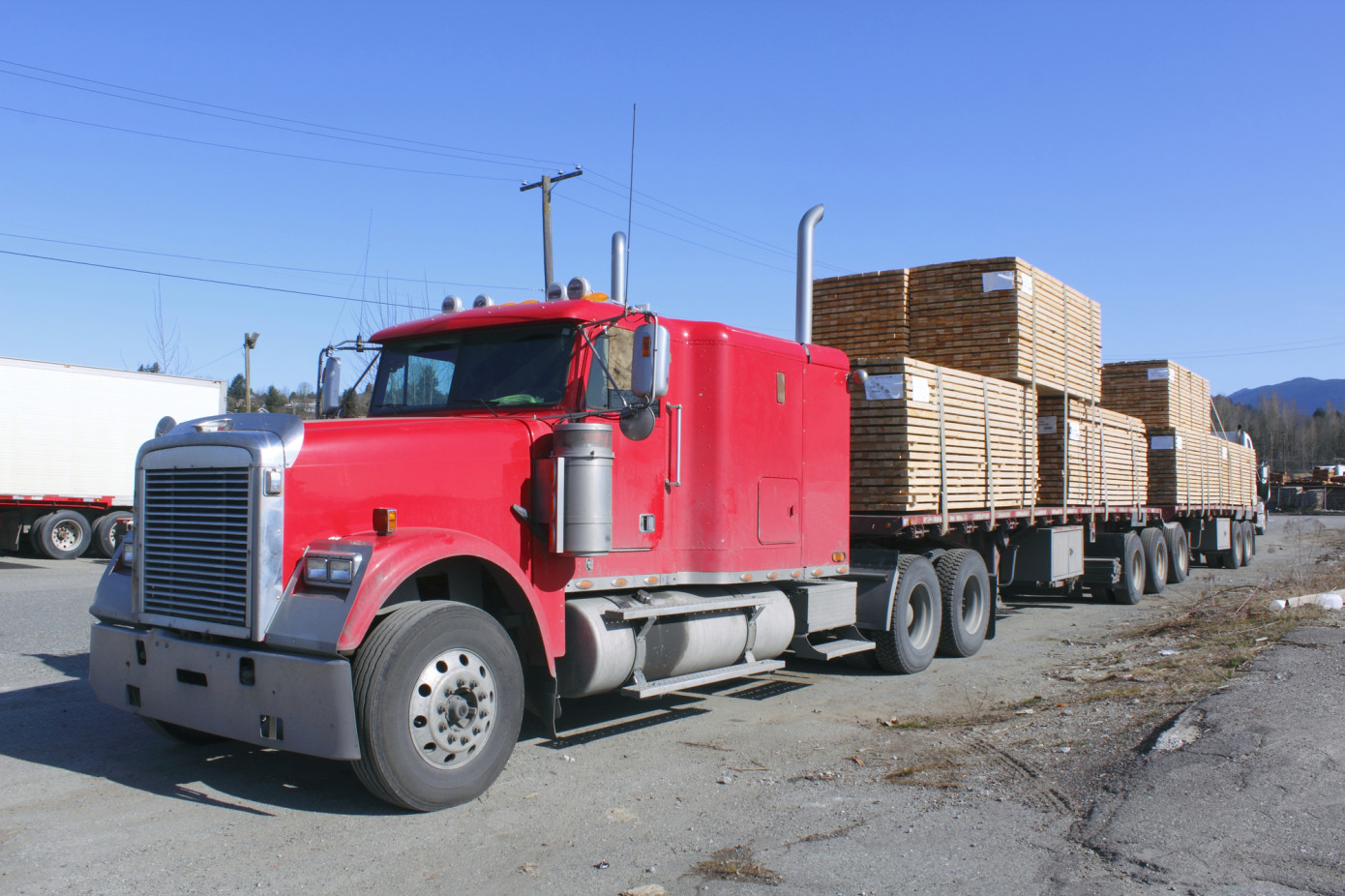 Prices for Canadian softwood lumber in the U.S. increase 6% in August 2021