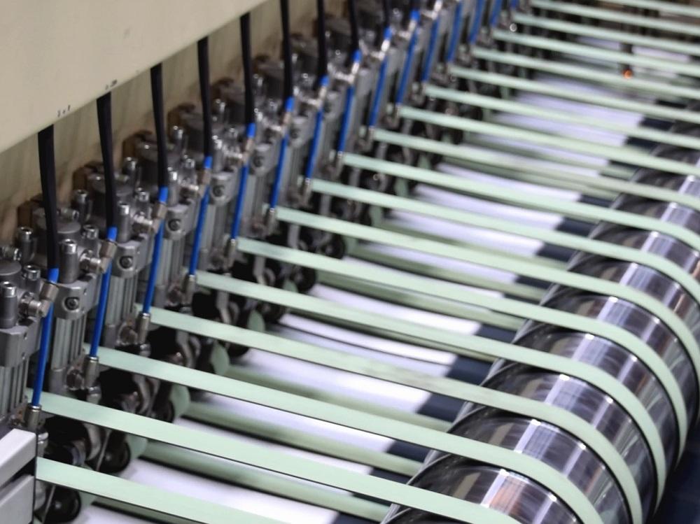 Papier- und Kartonfabrik Varel завершает модернизацию двух картоноделательных машин на заводе в Германии