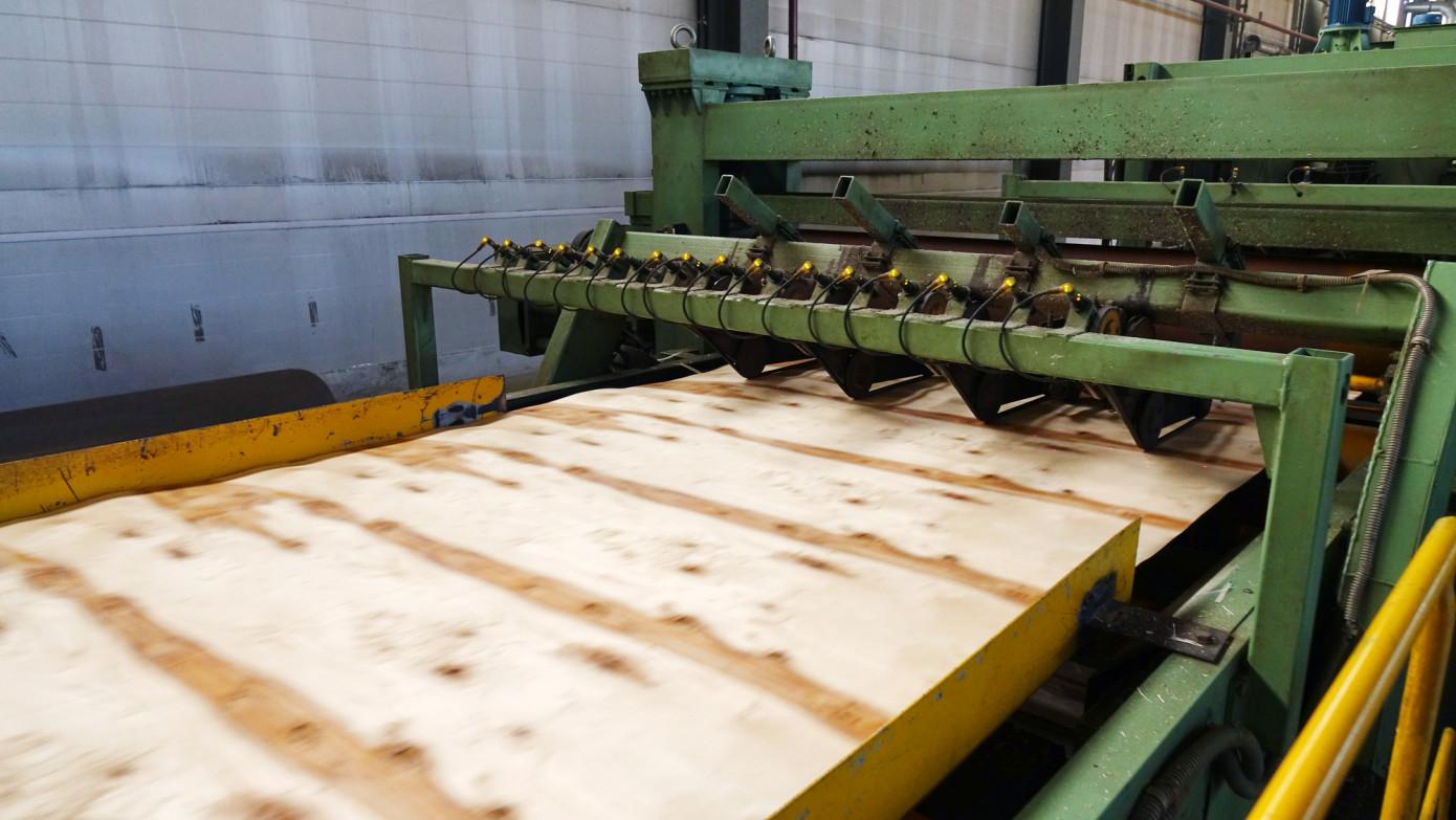 В январе-сентябре 2020 г. Россия сократила производство фанеры на 6,2%