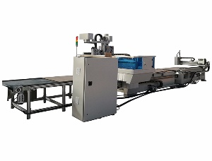 Automatic loading and unloading CNC machine
