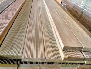 Ipe (Lapacho) Anti-slip decking 21 mm x 145 mm x 6000 mm