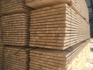 50 mm x 200 mm x 6000 mm KD R/S Heat Treated Siberian spruce