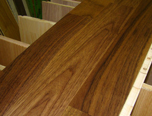 13 mm x 270 mm x 3890 mm Oak Laminated flooring