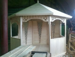 "Arbor wooden for giving and a garden ""Sevilla"""