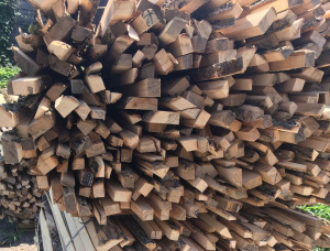 Brown Ash Firewood not cleaved 35 mm x %lmmi