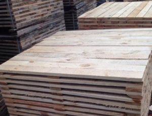European spruce Pallet timber 45 mm x 800 mm x 1200 mm
