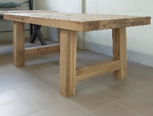 Bavaria Oak Table