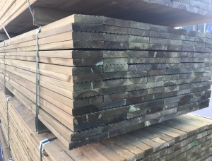 Anti-slip decking Pine 28 mm x 145 mm x 6 m