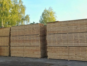 Pine beam AD 83 mm x 83 mm x 4 m