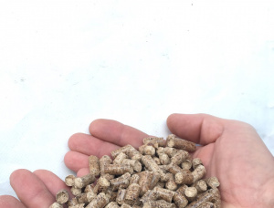 Scots Pine Wood pellets 8 mm x 20 mm
