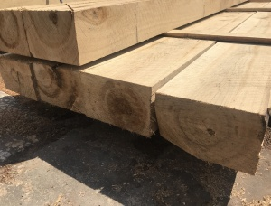 Sleepers KD Oak 100 mm x 200 mm x 2.4 m
