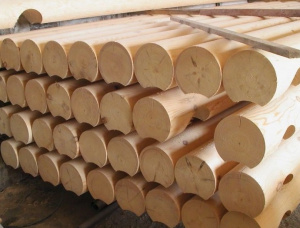 Scots Pine Rounded beam 180 mm x 6 m