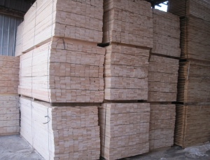 Birch Wood Pallet Elements-KD 16% KD Береза 100 мм x 300 мм x 6 м