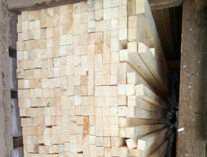 50 mm x 200 mm x 6000 mm GR  European spruce Beam