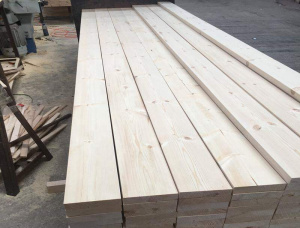 28 mm x 28 mm x 3660 mm KD S4S Heat Treated European spruce Lumber