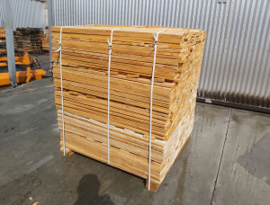 Common Black Alder Pallet timber 17 mm x 98 mm x 1.1 m