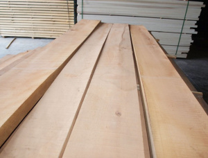 40 mm x 40 mm x 3000 mm KD S4S Heat Treated Beech Lumber