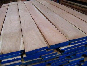 25 mm x 126 mm x 5000 mm KD Heat Treated Cherry Joinery lumber