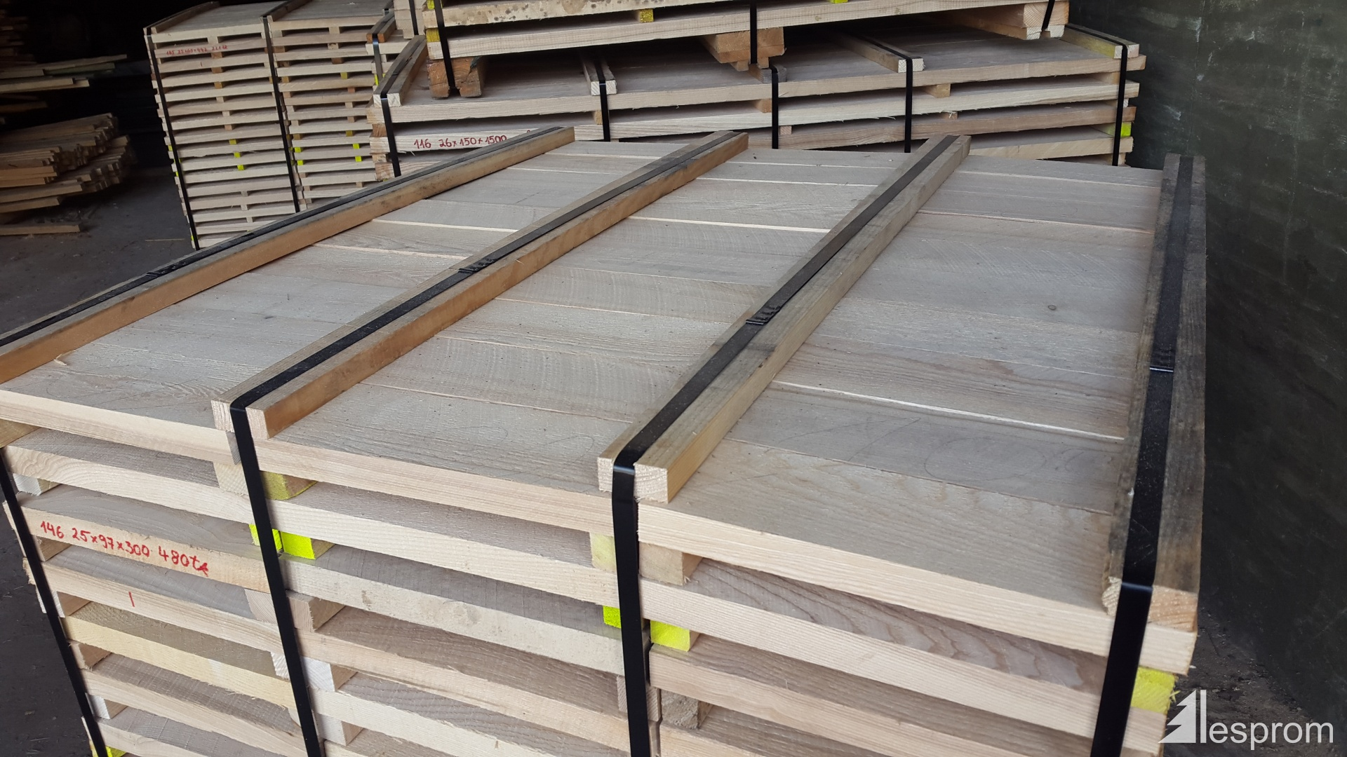 Lumber ash 27 mm x 190 mm x 4 m for 4 8 meter decking boards